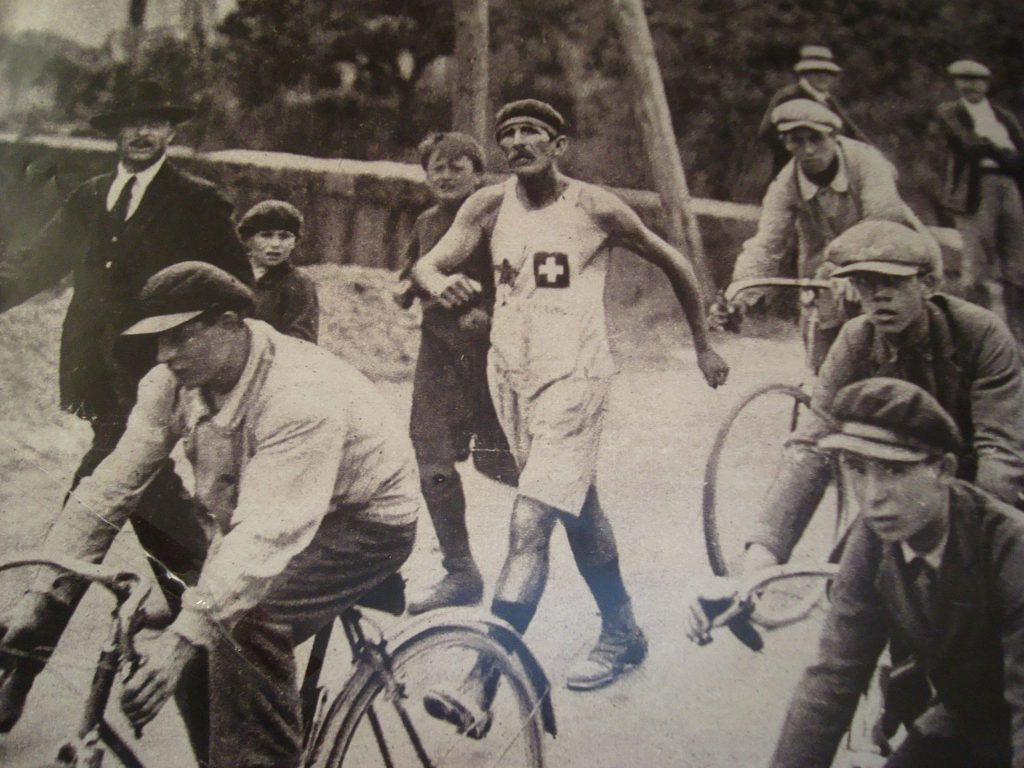 LE-SUISSE-Jean-LINDER-VAINQUEUR-DE-PARIS-STRABOURG-1926-1024x768.jpg