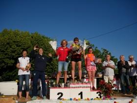 podium F
